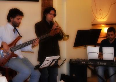 2012-12-19-22.41.44-Monel-Jazz-Trio-al-Tribeca-Barcelona