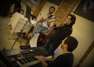 2012-12-20-00.04.28-Monel-Jazz-Trio-al-Tribeca-Barcelona